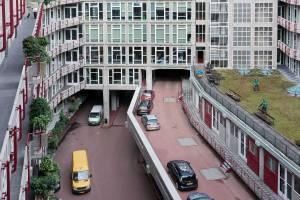 Site Practice - Groothandelsgebouw courtyard. Photo: Iwan Baan